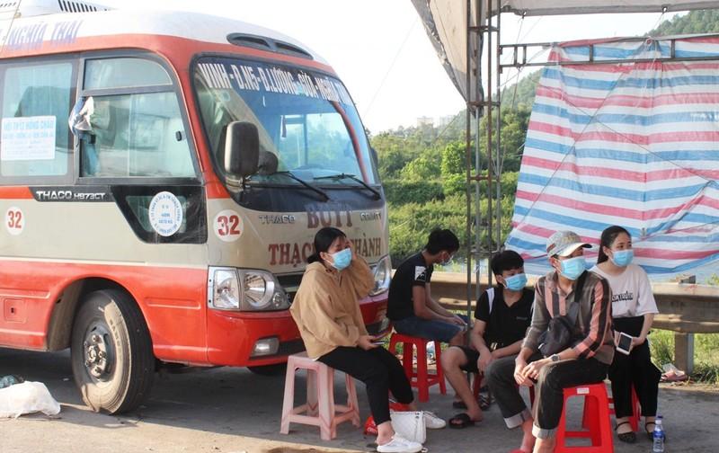 1.000 người từ miền Nam chạy xe máy về quê qua Nghệ An  - ảnh 5