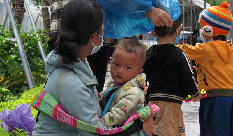 Nghệ An hỗ trợ khẩn cấp cho người dân về từ các tỉnh phía Nam  - ảnh 2