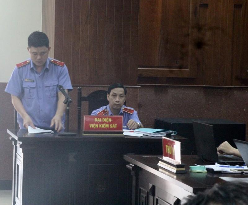 Luật sư của Phạm Công Danh nói viện kiểm sát mâu thuẫn - ảnh 2