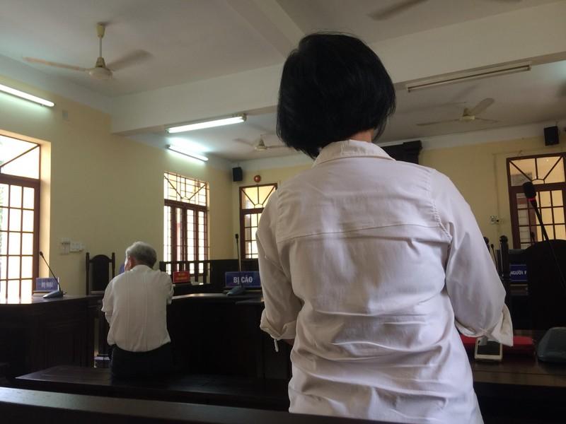 Em gái quyết đòi bỏ tù dù anh trai đã xin lỗi tại tòa - ảnh 1