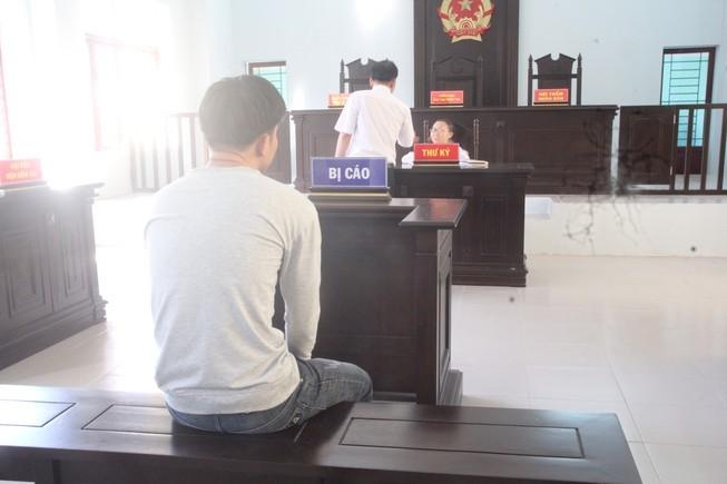 VKS đề nghị bắt giam tại tòa nhưng HĐXX không chịu - ảnh 1