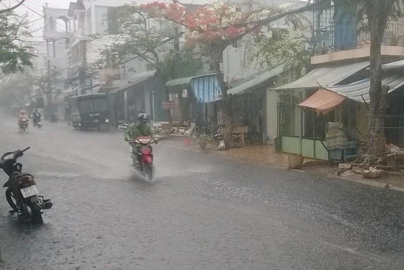 Sóc Trăng mưa mù trời sau nhiều tháng nắng hạn  - ảnh 2
