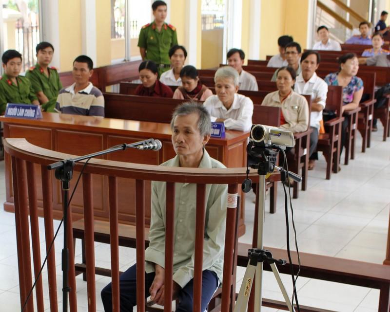 Cụ ông U70 lãnh 20 năm tù vì cuồng ghen - ảnh 1