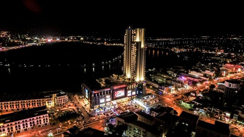 Khách sạn 30 tầng cao nhất miền Tây mở cửa đón khách - ảnh 1