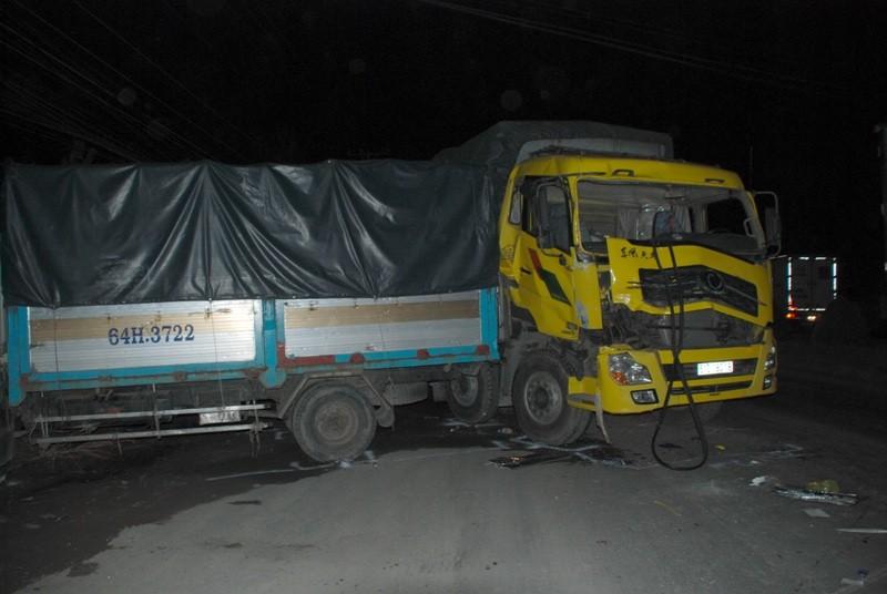 Tai nạn xe giường nằm trên QL1A, 13 người thương vong - ảnh 3