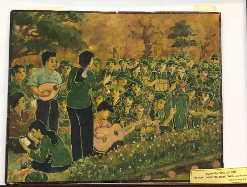 Triển lãm ảnh 50 năm thực hiện Di chúc Chủ tịch Hồ Chí Minh - ảnh 6