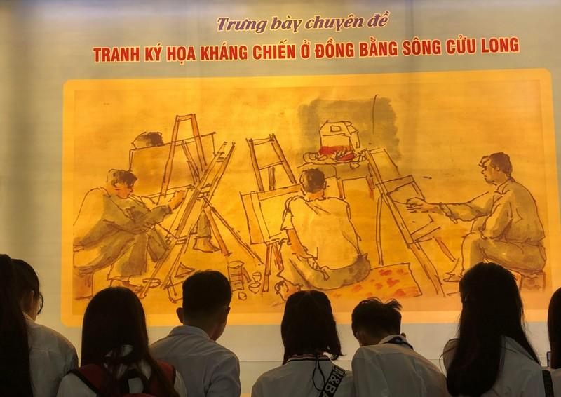 Triển lãm ảnh 50 năm thực hiện Di chúc Chủ tịch Hồ Chí Minh - ảnh 4