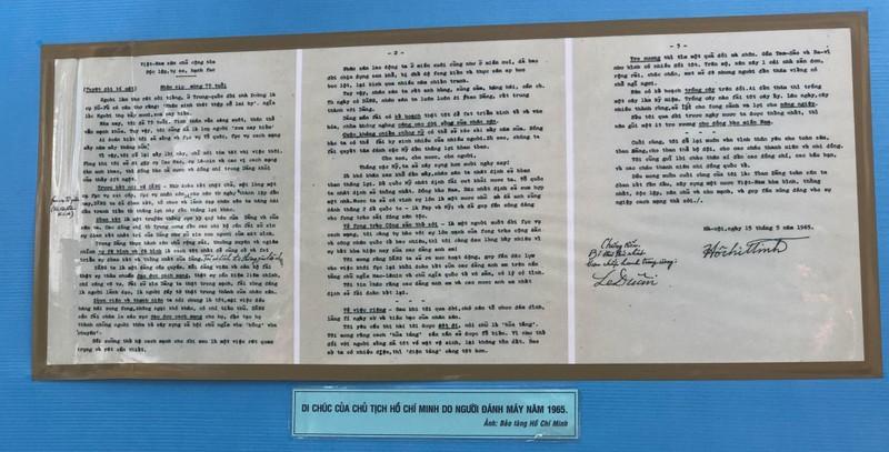 Triển lãm ảnh 50 năm thực hiện Di chúc Chủ tịch Hồ Chí Minh - ảnh 2