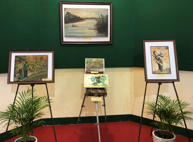 Triển lãm ảnh 50 năm thực hiện Di chúc Chủ tịch Hồ Chí Minh - ảnh 5