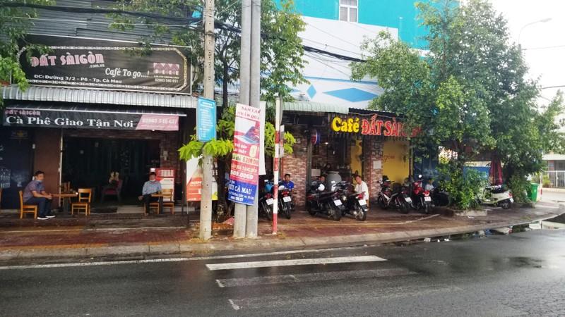 Cà Mau: Cấm massage, gội đầu; cho quán ăn, cà phê buôn bán - ảnh 1