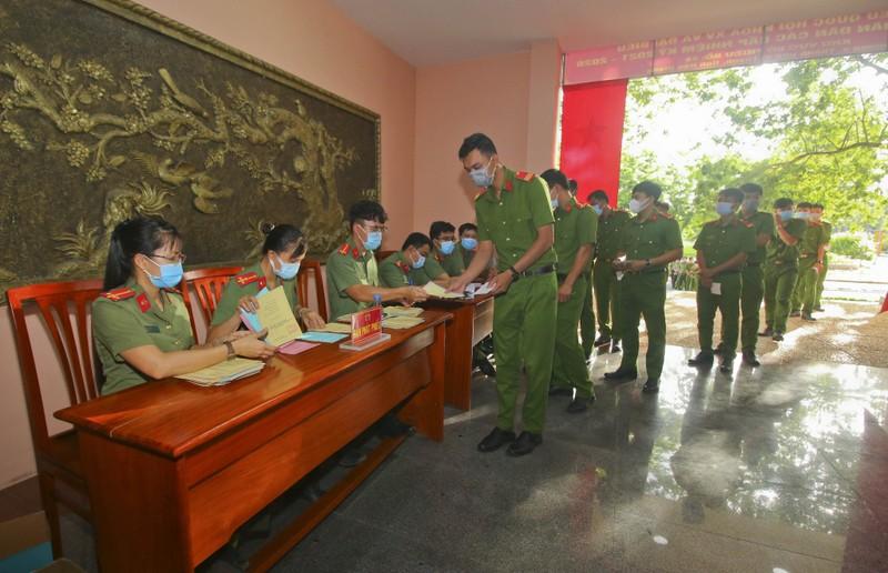 Hậu Giang tổ chức bầu cử sớm tại 10 khu vực - ảnh 3