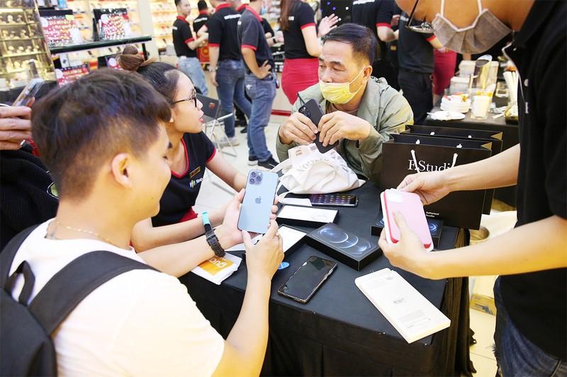 Apple chuyển dây chuyền sản xuất iPad, MacBook đến Việt Nam - ảnh 1