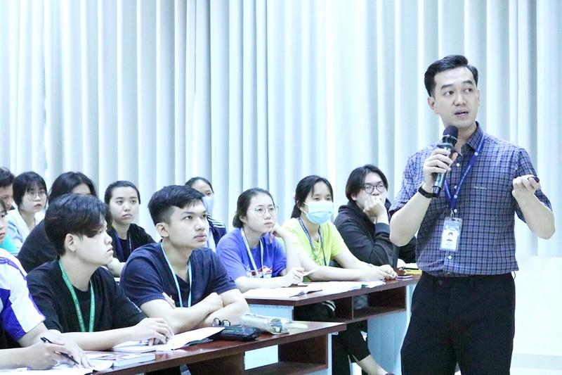 Bác sĩ Việt Nam đầu tiên tham gia tổ chức WAO của thế giới - ảnh 1