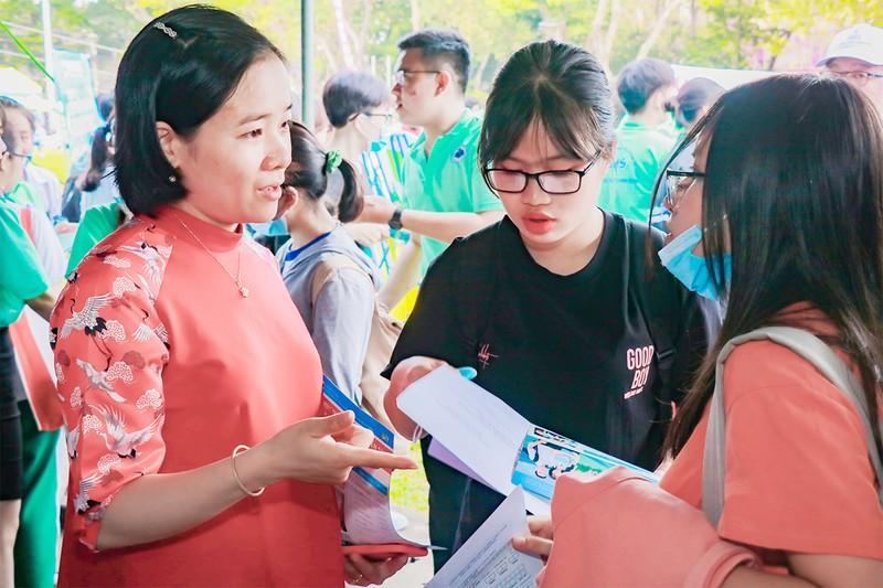 Dịch COVID-19, tuyển sinh đại học thay đổi ra sao? - ảnh 1
