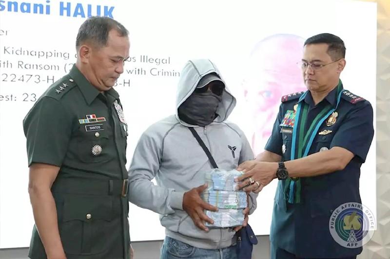 Treo thưởng để bắt tội phạm: Ở nước ngoài phổ biến! - ảnh 1
