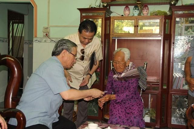 Ông Trần Quốc Vượng làm việc với lãnh đạo tỉnh Bình Phước  - ảnh 2