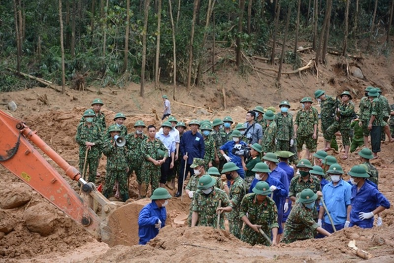 Đã tìm thấy thi thể 12 cán bộ, chiến sĩ tại Trạm kiểm lâm 67 - ảnh 1