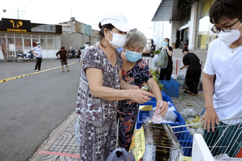 Gói rau củ 6,5 ký chỉ 50.000 đồng xuất hiện ở TP.HCM - ảnh 6