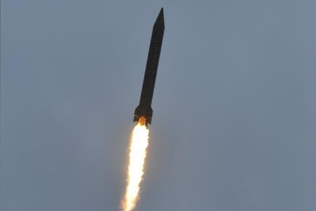 Pakistan phát triển vũ khí hạt nhân trên biển  - ảnh 1