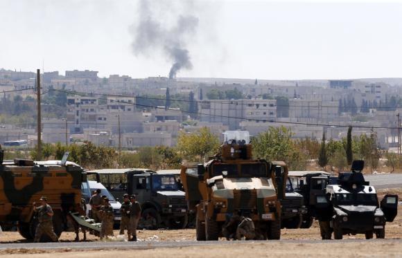 IS 'vượt không kích' của phương tây, áp sát biên giới Thổ Nhĩ Kỳ - ảnh 2