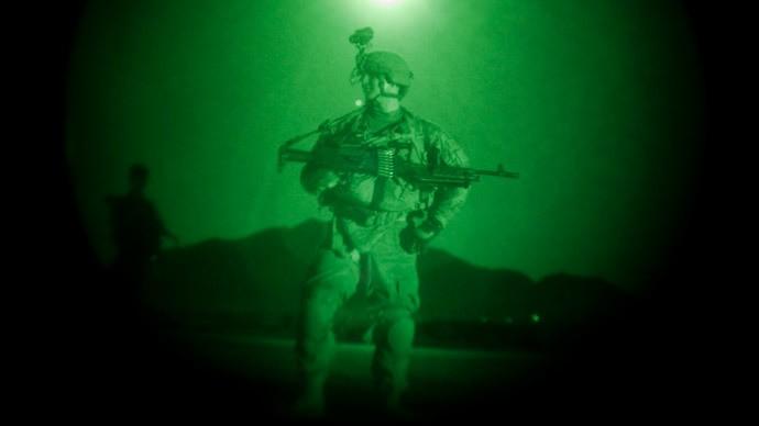Lính dù Mỹ tập trận quy mô lớn chuẩn bị đánh IS? - ảnh 2