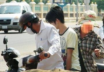 Cảnh sát Campuchia giải thoát 10 người Việt bị tra tấn - ảnh 1