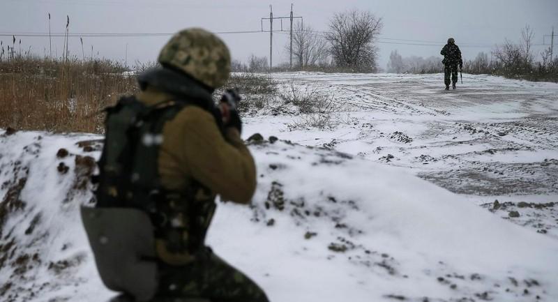 Đoàn quay phim RT bị tấn công ở miền Đông Ukaine  - ảnh 1