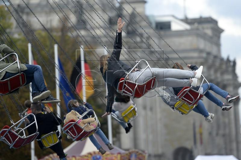 Ngày Thống nhất - nước Đức 'bình thường mới'  - ảnh 1