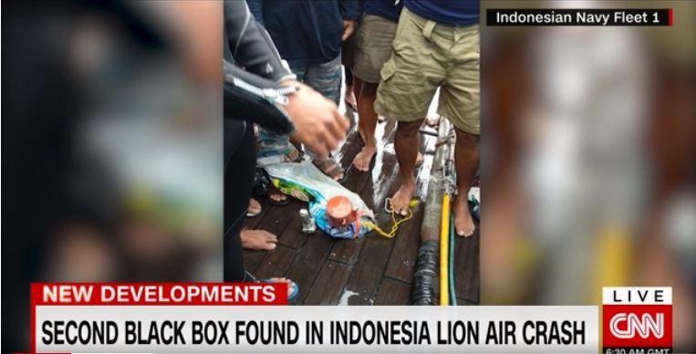 Tìm thấy hộp đen máy bay Lion Air rơi xuống biển - ảnh 1
