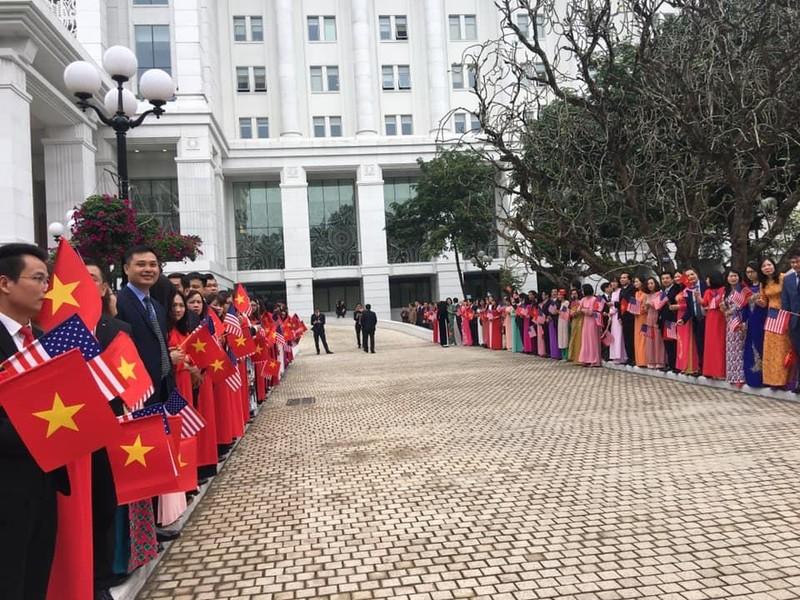 Mỹ-Triều ngày 1: Trump-Kim bắt tay 'lịch sử' giữa lòng Hà Nội - ảnh 36