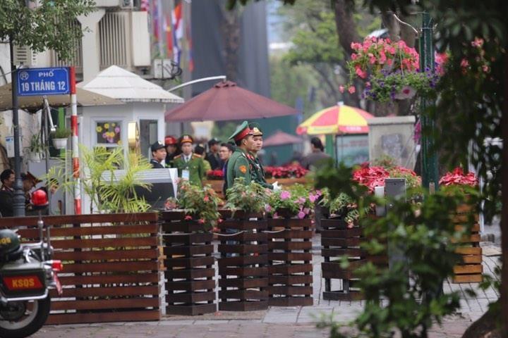 Mỹ-Triều ngày 1: Trump-Kim bắt tay 'lịch sử' giữa lòng Hà Nội - ảnh 58