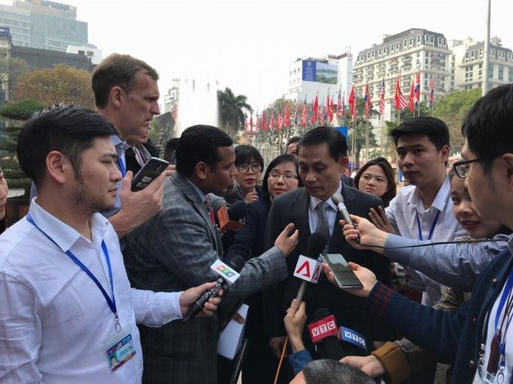 Mỹ-Triều ngày 1: Trump-Kim bắt tay 'lịch sử' giữa lòng Hà Nội - ảnh 29