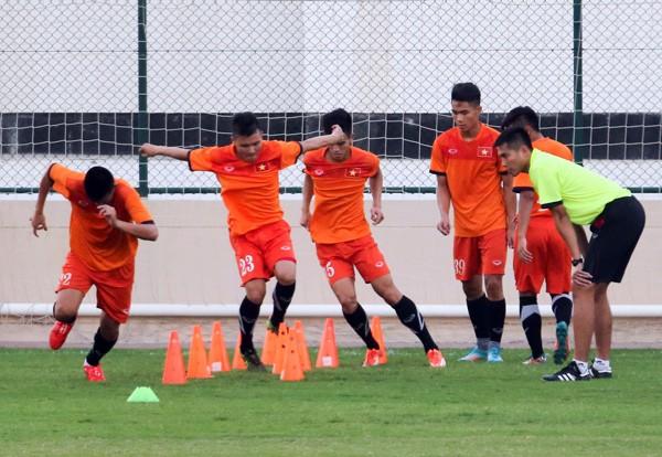 Đòn tâm lý của ban huấn luyện U-19 Việt Nam - ảnh 2