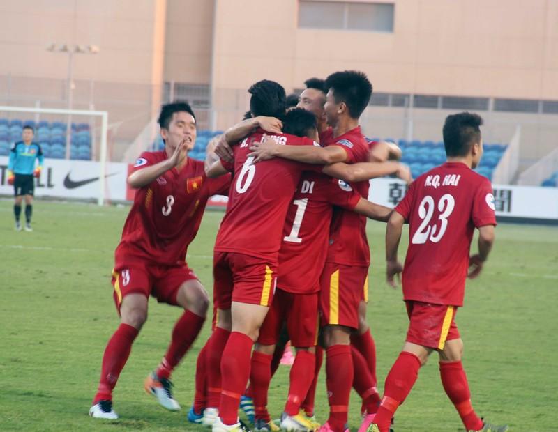 """HLV Hoàng Anh Tuấn: """"U-19 Việt Nam nắm quyền tự quyết"""" - ảnh 2"""