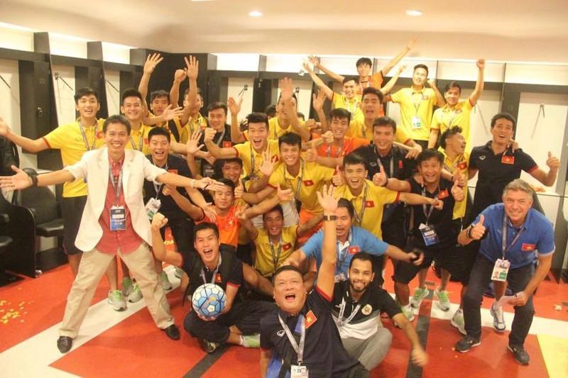 HLV Hoàng Anh Tuấn: 'U-19 Việt Nam phòng ngự không tồi' - ảnh 2