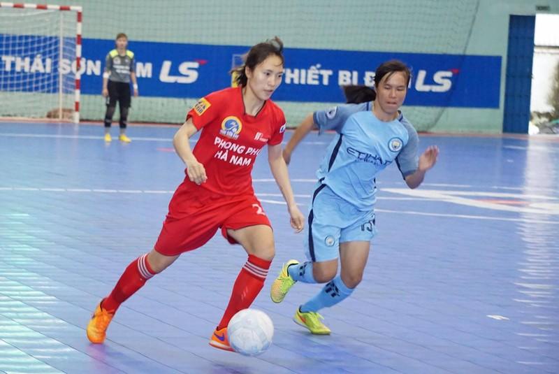 Tưng bừng khai mạc giải Futsal nữ TP.HCM mở rộng - ảnh 2