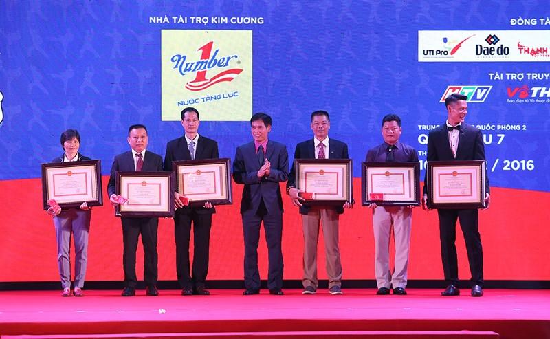 Tưng bừng lễ kỷ niệm 20 năm Taekwondo Việt Nam - ảnh 1