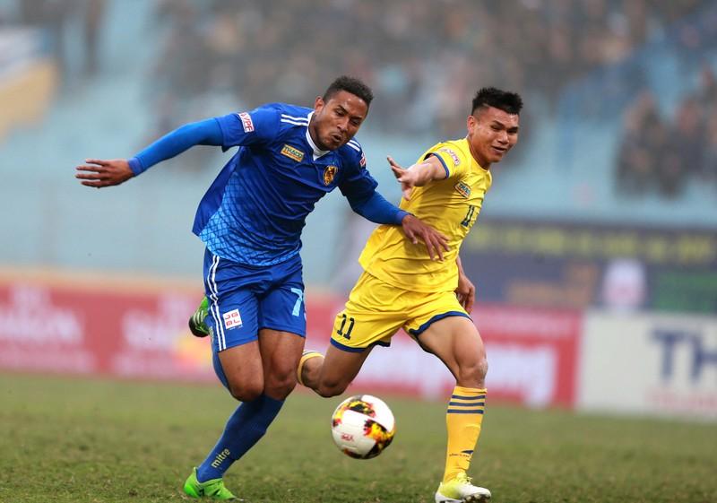 Lo cầu thủ U-23 Việt Nam sa sút phong độ - ảnh 2