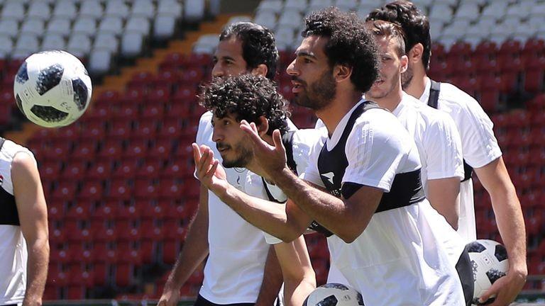 Suarez và Cavani sẽ vùi dập Ai Cập, hãy chọn Uruguay! - ảnh 1