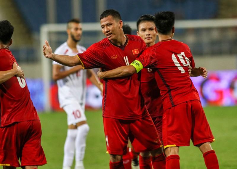 Công Phượng và Anh Đức ngồi dự bị trận gặp Oman - ảnh 1