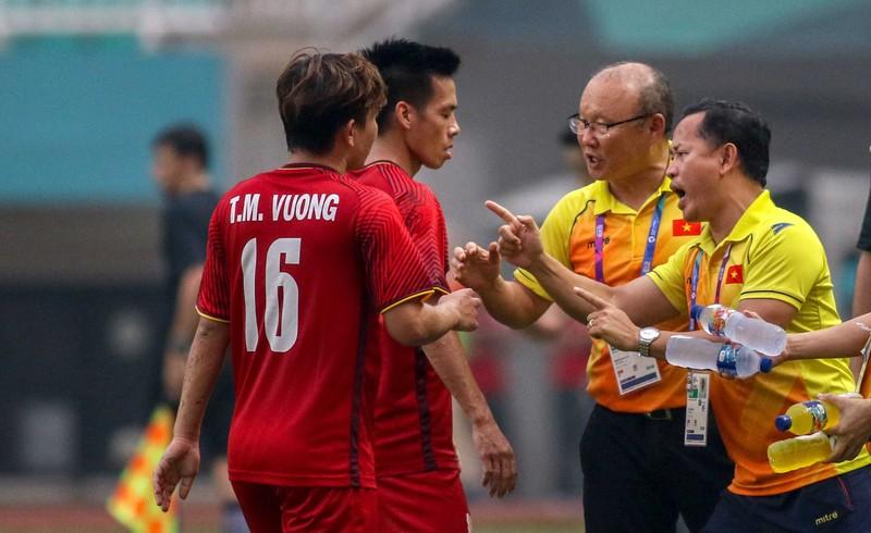 Minh Vương không tranh giành lập siêu phẩm với Quang Hải - ảnh 1