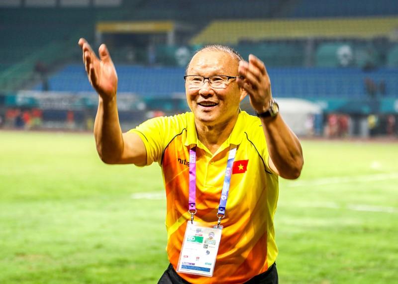 Thầy Park và thủ môn Tiến Dũng muốn thắng Hàn trong 90 phút - ảnh 1