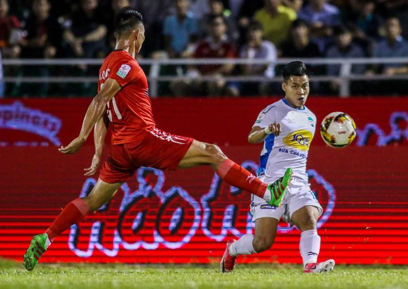 Văn Thanh chấn thương phải chia tay AFF Cup, thầy Park lo lắng - ảnh 1
