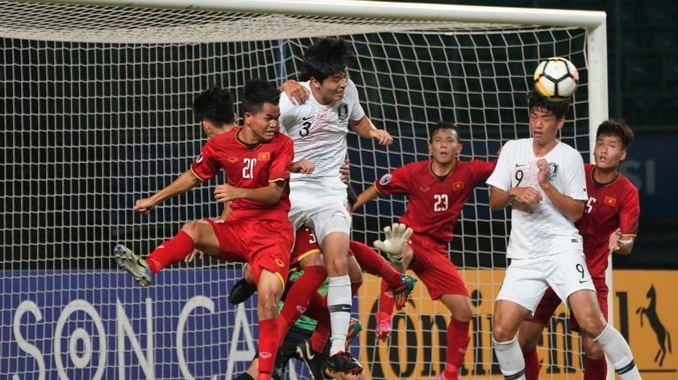 Bóng đá Việt Nam thua giải châu Á, có phải thảm họa? - ảnh 3