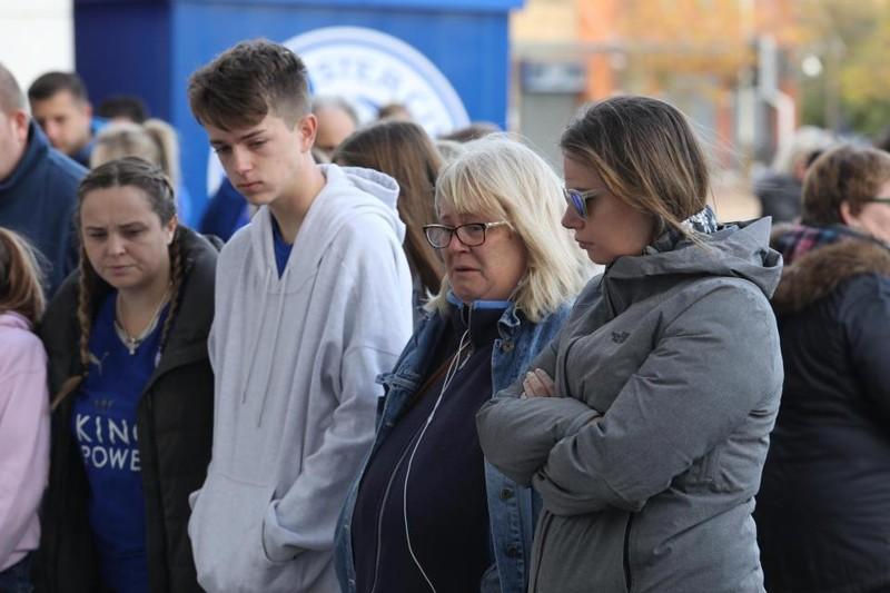 Người yêu CLB Leicester đau buồn sau tai nạn máy bay thảm khốc - ảnh 1