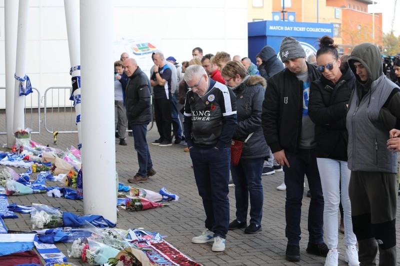 Người yêu CLB Leicester đau buồn sau tai nạn máy bay thảm khốc - ảnh 7