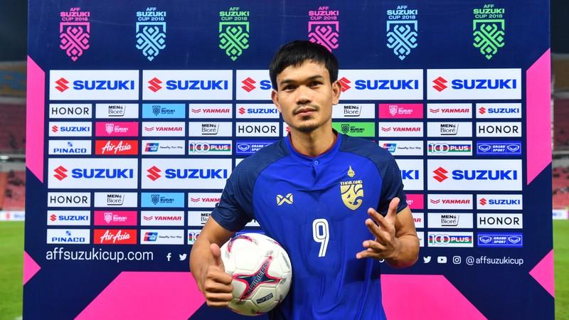 Chân sút ghi 6 bàn cho Thái Lan từng muốn bỏ bóng đá - ảnh 2