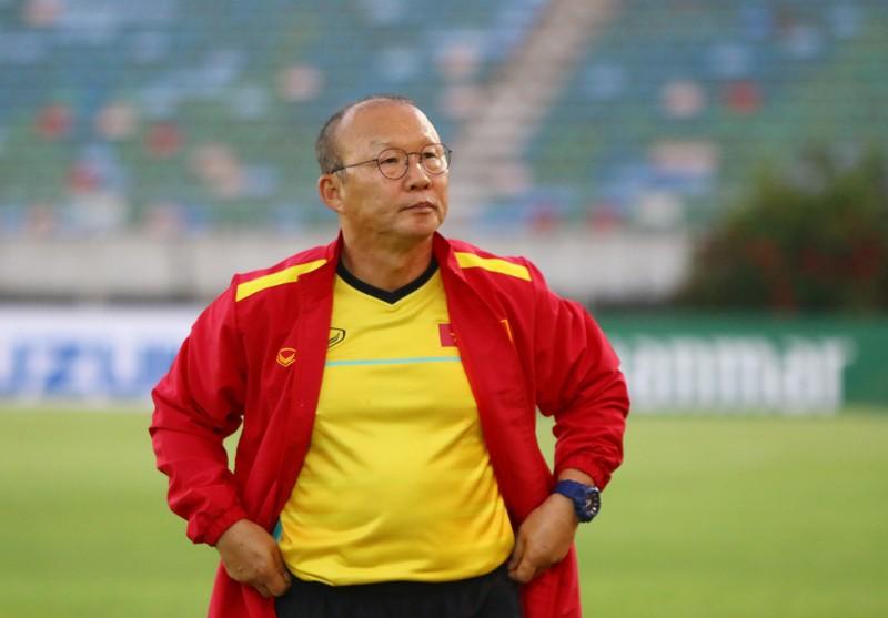 Ông giáo Park Hang-seo dễ thương trước trận quyết đấu Myanmar - ảnh 5