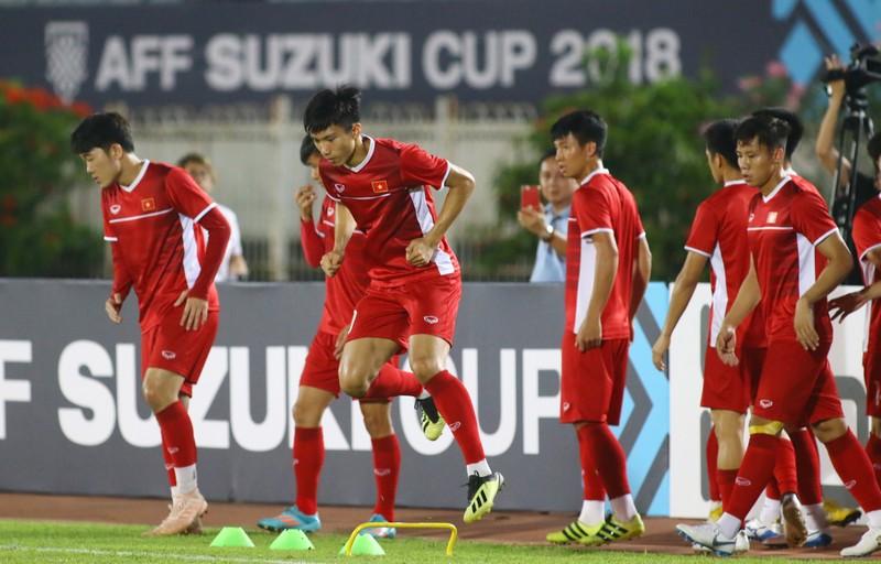Chiêu trò độc, lạ của thầy Park lấy 3 điểm ở sân Myanmar! - ảnh 3