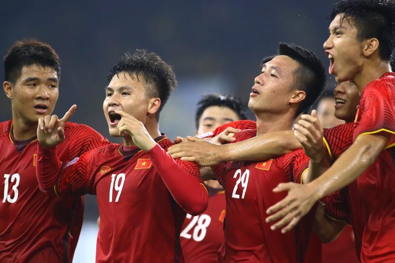 Quang Hải vào tốp 24 cầu thủ hay nhất châu Á 2018 - ảnh 1